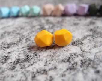 Geo Earrings, faceted nuggets, geometric pearls handmade earrings nuggest, polymer clay nuggest, yellow earrings