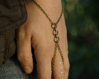 Demeter Hand Chain