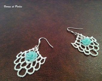 Earrings blue flower and lace