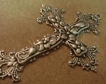 antique silver brass cross pendant 1 pc