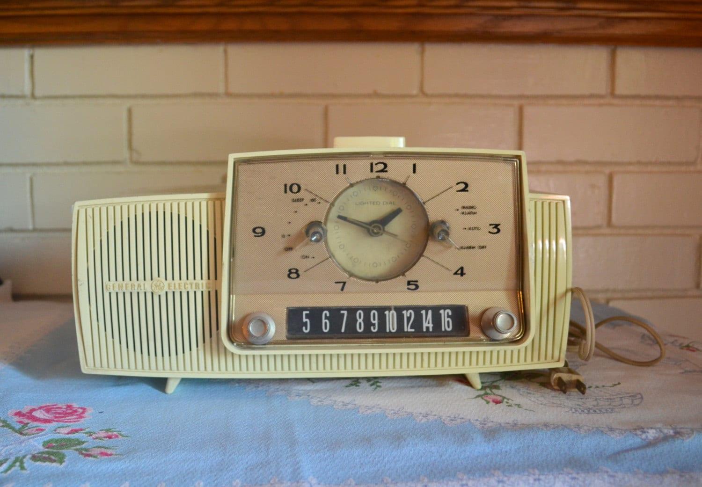 Radio 1950 1950s Clock Radio Vintage