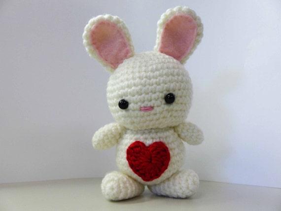 Amigurumi Rabbit Face : Amigurumi Bunny Crocheted Handmade Love Bunny