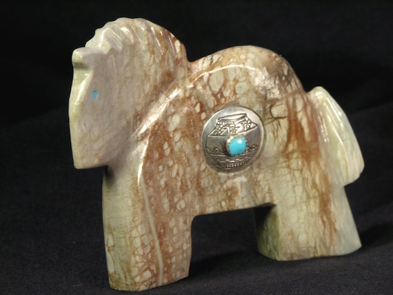 Horse Carving By Robert And Erica Kionut Zuni Indian Pueblo