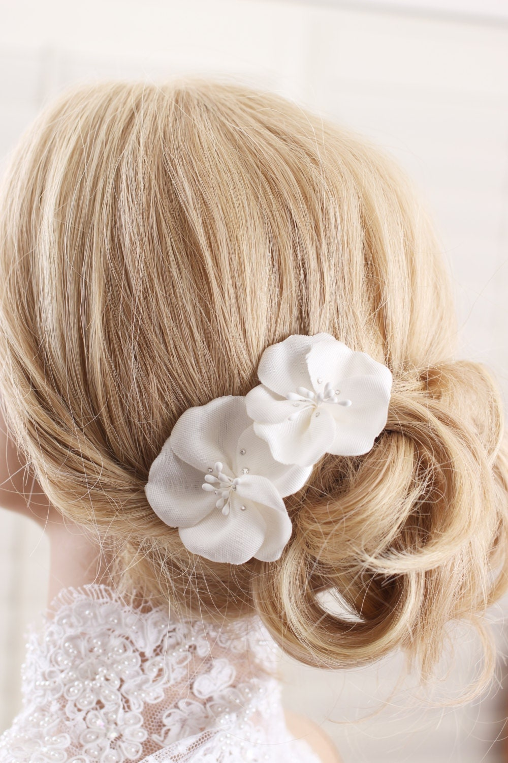 Wedding Fascinator Bridal Hair Clip Ivory Feather