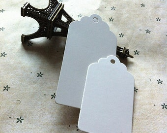 25pcs Small White Wedding Favour GIFT HANG TAGS 'Rectangle Scallop' 5x3cm