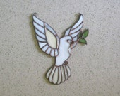 Stained glass ornament. Dove of peace.Eucharist dove patterns.Stained glass panel