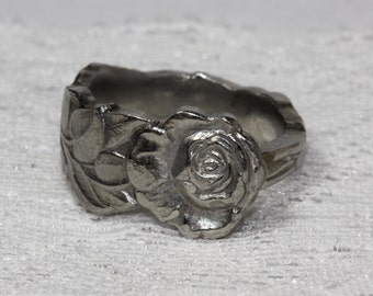 Spoon ring, floral design, Roses