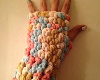 Fingerless crochet gloves - women and men