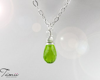 925 Sterling silver necklace with delicate green peridot pendant, pendant necklace, sterling silver necklace, delicate gemstone jewelry