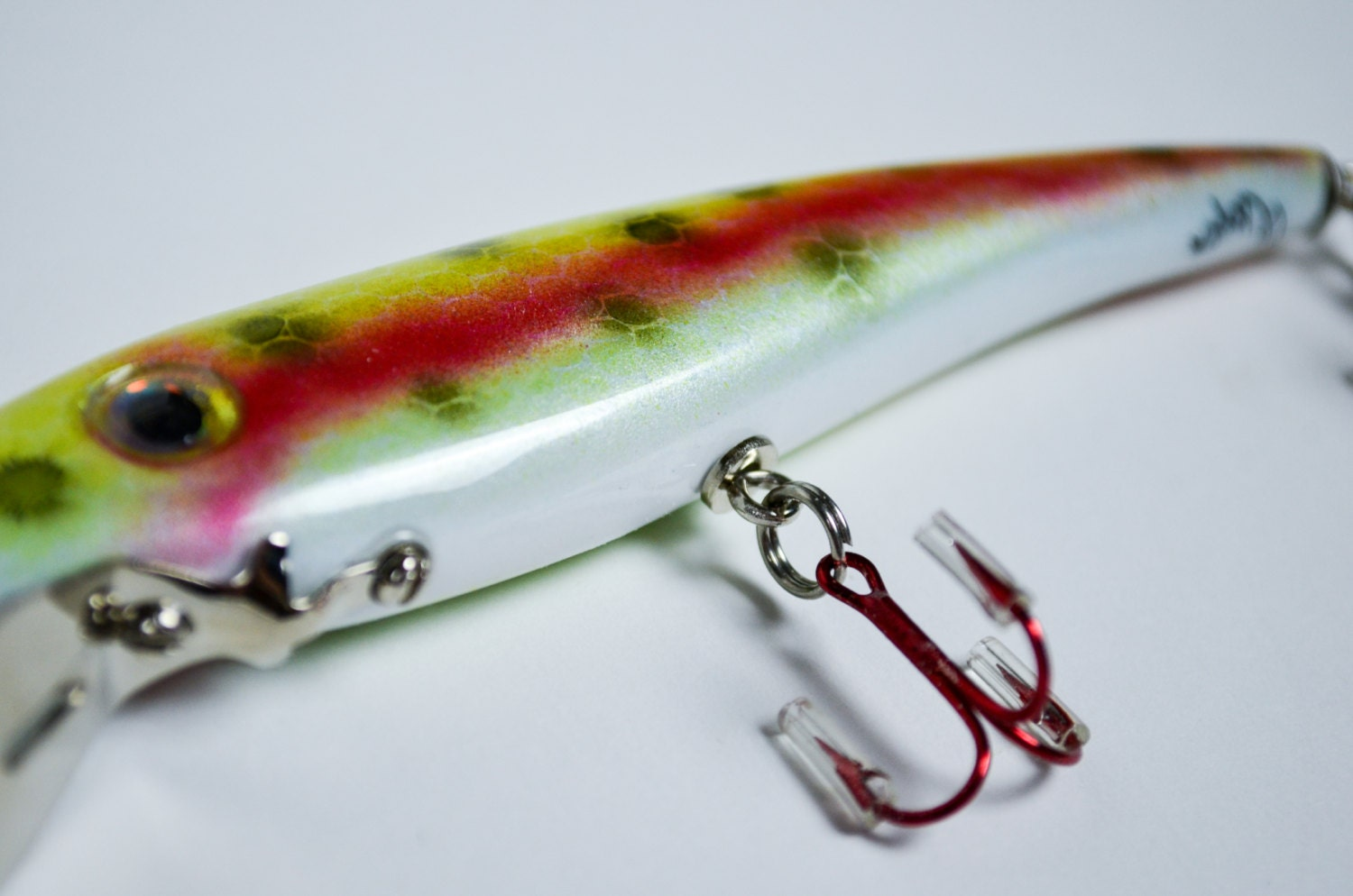 Handmade Wooden Fishing Lure Rainbow Minnow Diver