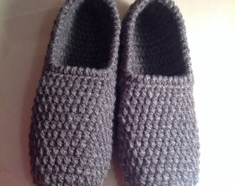 Men's Slippers, Handmade Slippers, Crochet Slippers, Made in Canada, Bedroom slippers