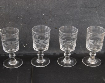 4 French  vintage liqueur glasses, hand blown engraved glass, 1920s. Very pretty set for a gift or for display