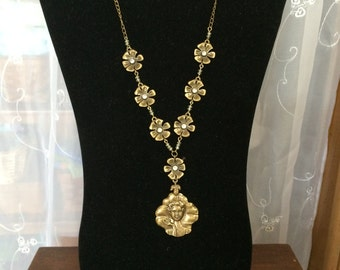 Victorian necklace and earrings, Victorian necklace, cameo necklace and earrings, antique gold finish jewelry, Victorian jewelry