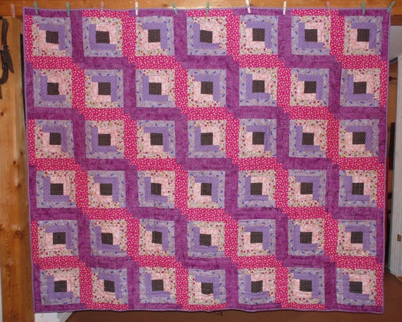 Log Cabin Quilt Pattern Free Queen Size : Pink and Lavender Log Cabin Queen Size Quilt 83 inches by 98