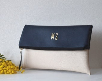 Two - tone personalized clutch / Navy and cream monogrammed clutch purse / Evening purse / Bridal clutch bag / Bridesmaids gift