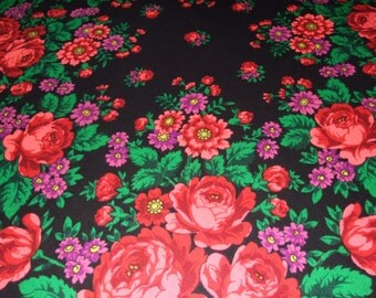 PAVLOVO POSAD Black Wool Floral Shawl/Russian Fringes Shawl/Russian Big Shawl/Floral Rose /Folk Scarf with Tassels/Babushka Scarf