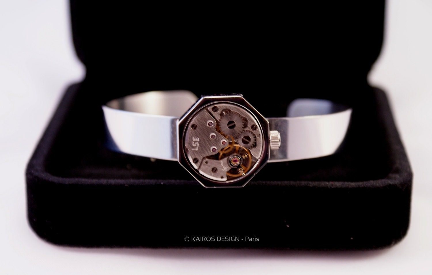 Bangle bracelet watch movement RUNNING for men - handmade in France with luxury watch and delivered in gift box & authenticity card steampunk buy now online