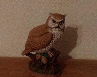 Owl on Stump with acorns #743