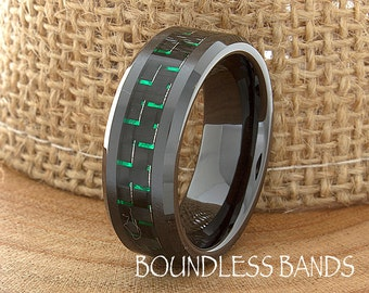 Ceramic Wedding Ring Mens Wedding Band Black Ceramic Band Green Carbon Inlay Band His Classic New Design Fashion Anniversary Modern 8mm Mens