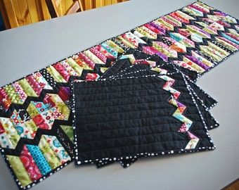 ZigZag Run Table Runner Quilt Pattern (PDF) - Charm Square Friendly