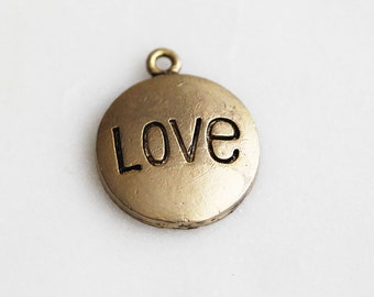50% OFF // P0-976-AG] Love Round / 15mm / Antique Gold plated / Pendant / 2 piece(s)