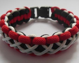 Tri Color Laced Cobra Paracord Bracelet