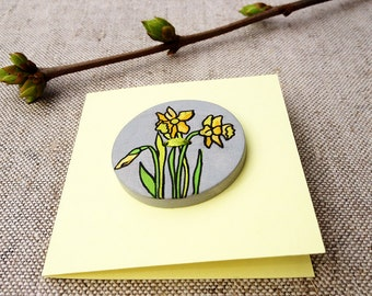 Greeting card Daffodil card Hand painted button Unique greeting card Wooden button Big Button Spring time card Yellow flower greeting card