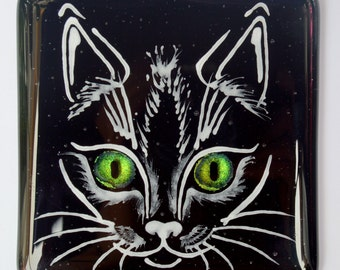 Fused Glass Cat Face Drinks Coaster, with Dichroic Glass Eyes – Type 01