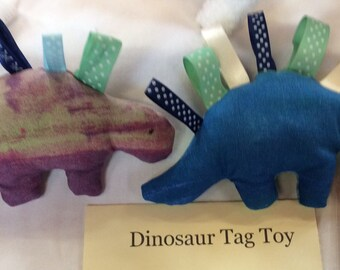 Crinkle tag toy - Dinosaur