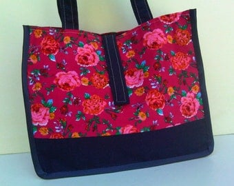 20% off for a small blue flowers handbag pink
