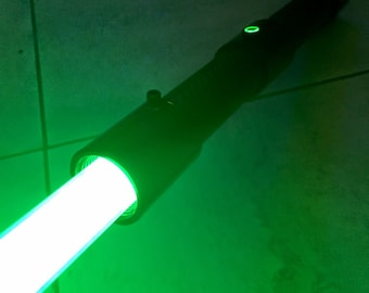 Carbon Fiber Lightsaber - Custom Green WITH SOUND