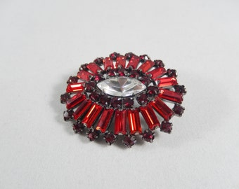 Vintage 80s Red Baguette and Round Rhinestone Brooch Pin