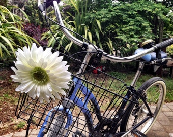 Small White Bicycle Basket Daisy Accessory