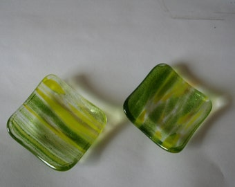 Small fused glass dish set.