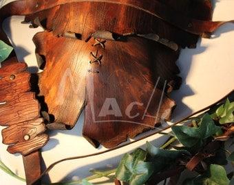 Wooden pauldron