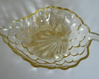 Vasoline Glass Grape Shaped Dish