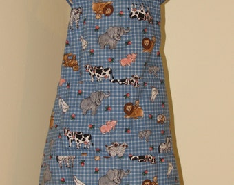 Child's 5/6 Apron  Farm and Zoo Animals   (# 373 )