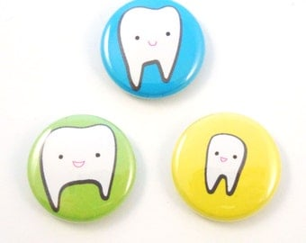 Three Tiny Teeth Button Set