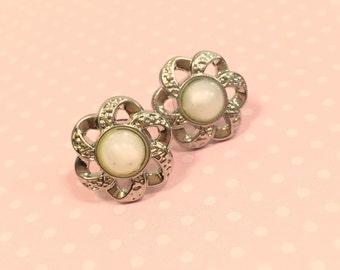 Flower Stud Earrings, Pearl Centered Silver Filigree Stud Earrings, Wedding Earrings, White Flower Earrings, Button Stud Earrings