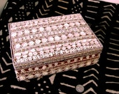 Vintage Mother of Pearl Buttons Jewelry BOX