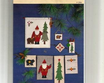 North Woods Santa Wall Hanging Pattern 206