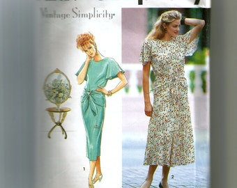 Simplicity Misses'  Dress With Slim or Flared Skirt Pattern 7813