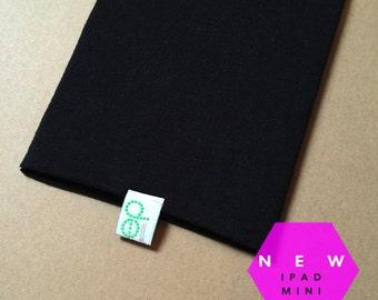 NEW...   iPad mini sock…….Black