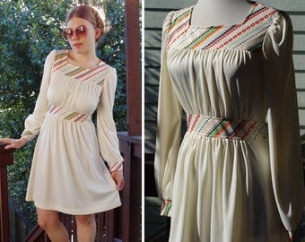 CANDY Stripes 1970's Vintage Cream White Polyester Dress with Colorful Designs // size Small