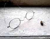 Antique Wire Frame Eye Spectacles
