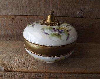 Dresser Box, Porcelain Vanity Box, William Guerin, Limoges France, Purple and White, Powder Box, Cottage Chic, Hand Painted