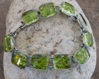 Green Color Ice Fused Dichroic Art Glass Jewelry Silver Plated Link Bracelet