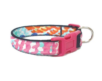 Dog Collar Made from Lilly Pulitzer Fall 2014 Cameo White Electric Feel Fabric on Navy Size: Your Choice