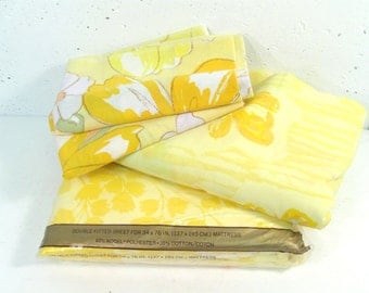 Vintage Full sheet set, remixed mix and match, yellow butterflies and flowers, 60s 70s