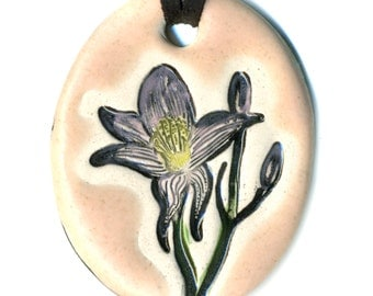 Lily Ceramic Necklace in Pale Pink